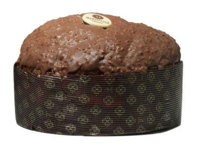 Panettone con gocce di cioccolato glassa gianduja con granella di nocciole